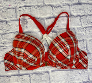 Cacique red and white plaid padded bra with front clasp closure.  Racerback with white lace bottom and red straps.  So cute!