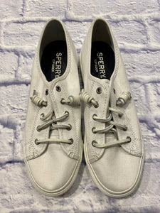 Sperry all white top-sider with leather laces and thick soles.  Like new.