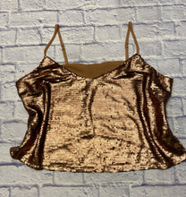 Load image into Gallery viewer, Forever 21 rose gold sequin tank with adjustable straps.  Beige back, cropped style.