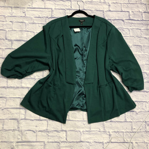 Torrid blazer in forest green.  Super stretchy! Two side pockets and green satin lining.  Like new!