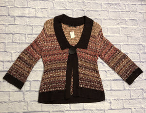 This is a gorgeous one button cardi by Nic + Zoe. In perfect condition. 100% cotton, lots of stretch.  Dark brown with shades of orange and pink.  So cute!