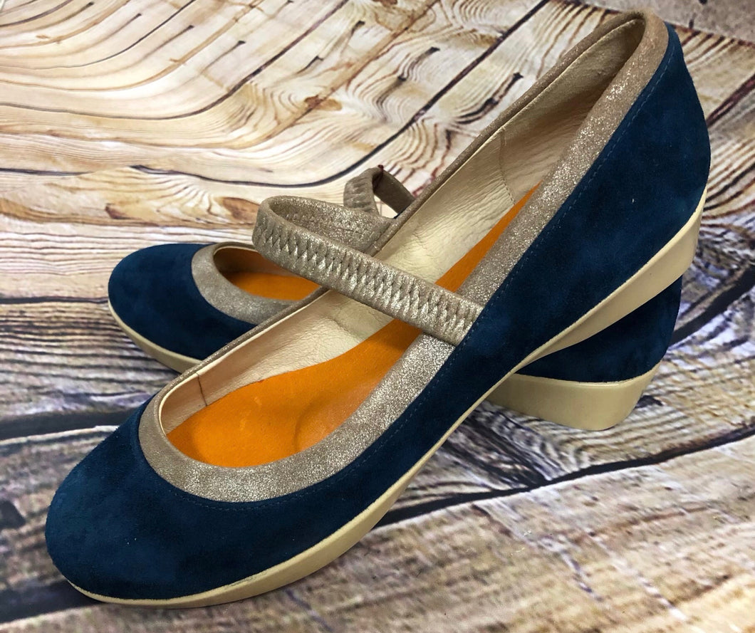 Suede slip-on sandals with elastic strap.  Brand new.