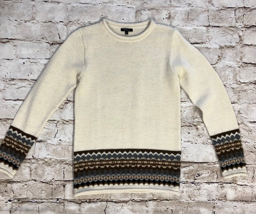 100% Alpaca Novica cream sweater with mock turtle neck.  Brown and green cuff and bottom design.