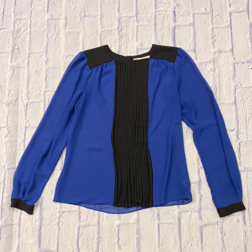 Love 21 royal blue blouse with black color block front pleat, shoulders, and sleeve cuff.