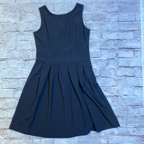 Favolook perfect fitted little black dress.