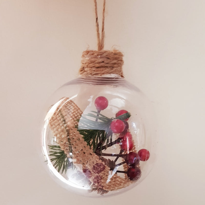 Christmas Bauble - Personalised (Mistletoe & hessian / Berries) - 10 cm