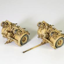 Load image into Gallery viewer, 1:32nd Die-Cast German Krupp Flak 36 with Flak Rohr 18 Gun Barrel & Stand - Taigen Tanks