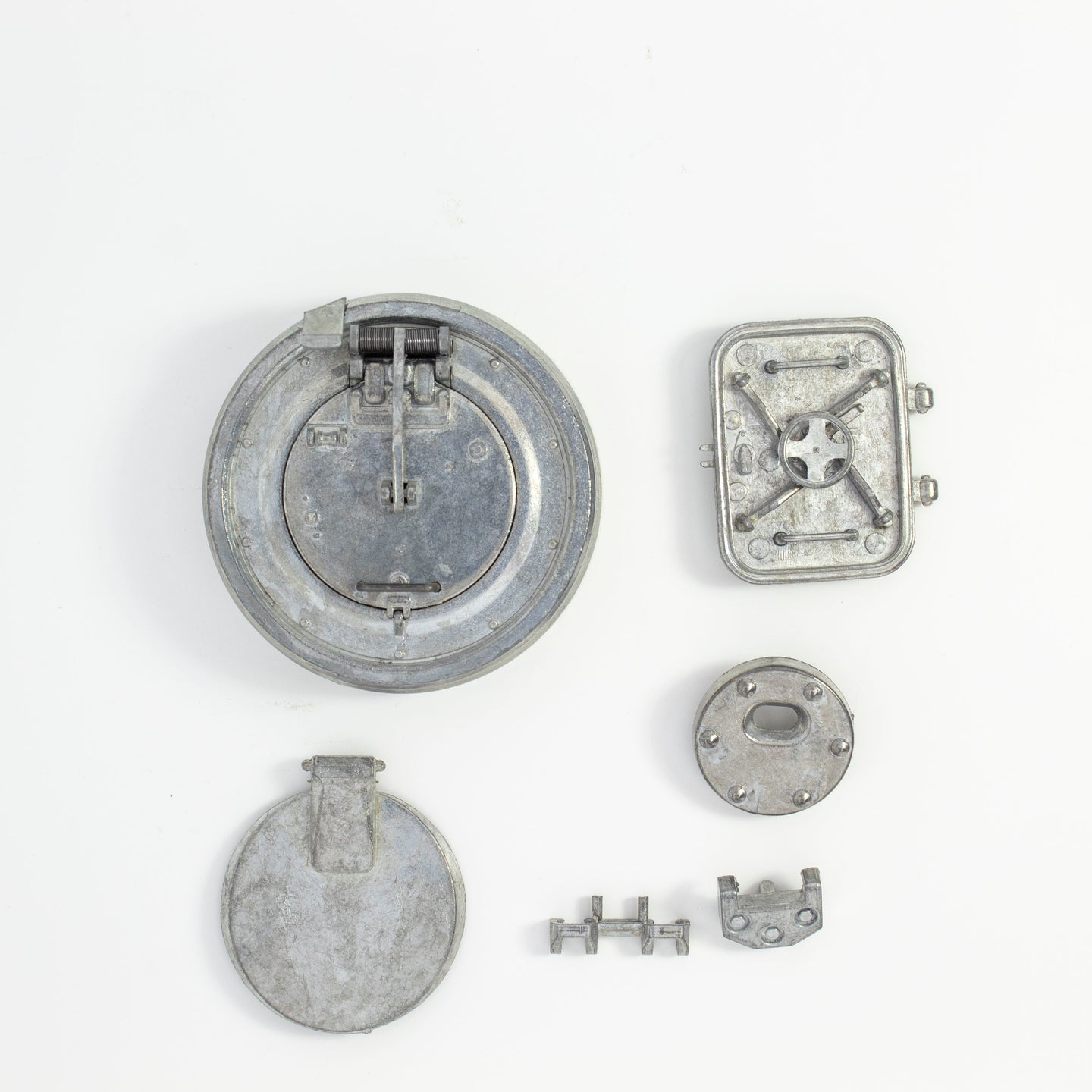 Tiger 1 Early Metal Turret Fittings (Cupola, Pistol Port, Escape Hatch, & Loaders Hatch)