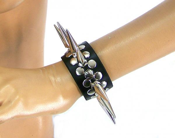 Full Metal Punk Spiked Leather Wristband (Large) Axovus centerpoint-fashion.myshopify.com