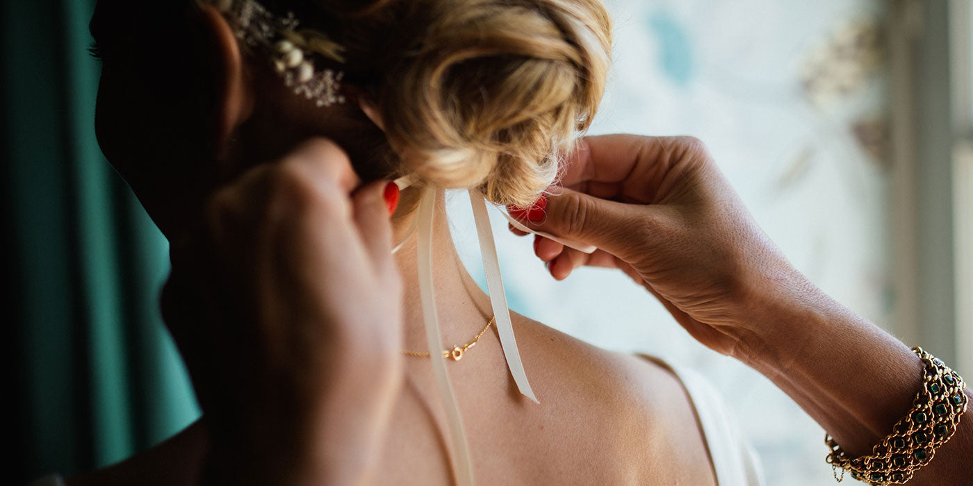 How to create a modern bridal look with pearls