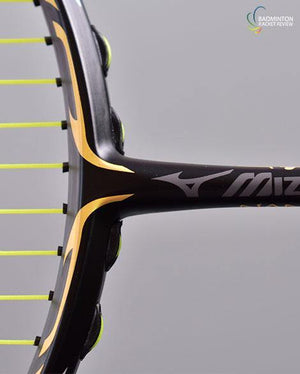 Mizuno JPX Attack badminton racket - badminton racket review