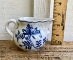Load image into Gallery viewer, Blue Danube Mini Creamer