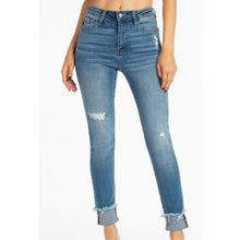 Load image into Gallery viewer, Kancan High Rise Classic Skinny Jeans