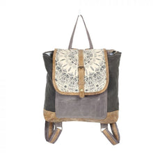 Load image into Gallery viewer, 1287 Myra Daisy Delight Backpack Bags
