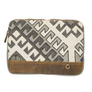 2240 Myra Abstract Laptop Sleeve