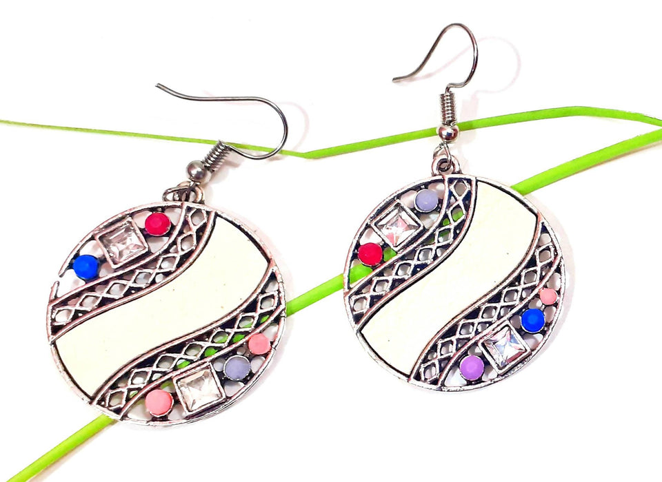 Beads N Threads - Fashionable , Stylish Geaometric Design light weight Earrings for Women and Ladies