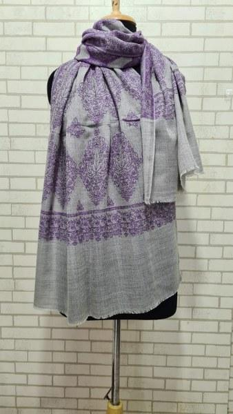 Woolen Stole (Weaved Jali design)