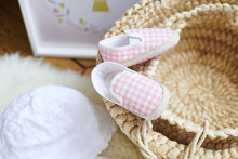 Load image into Gallery viewer, Baby Slippers (Charlie)