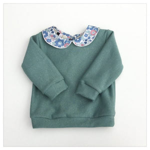 Pale green sweatshirt with glitter (Betsy Asagao Liberty)