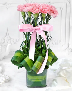 Bouquet of Pink Carnations in Vase (20 stems)