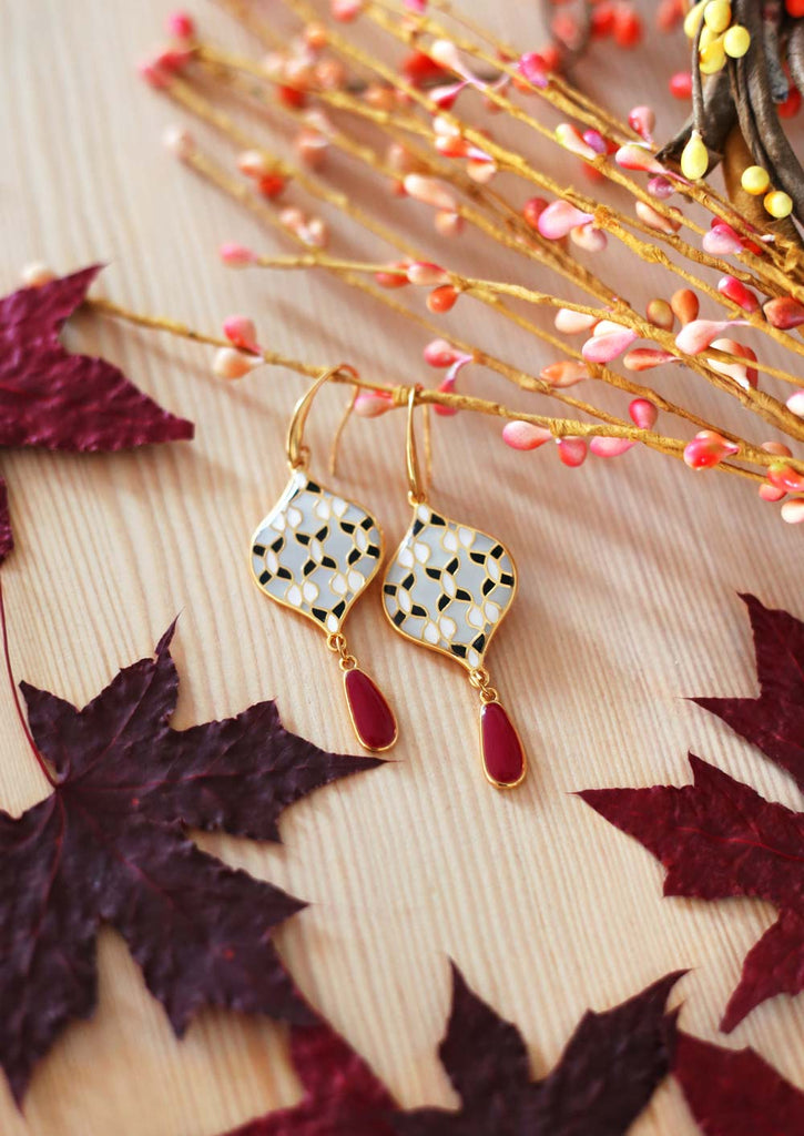 16 Fall Jewelry Trends We Absolutely Love