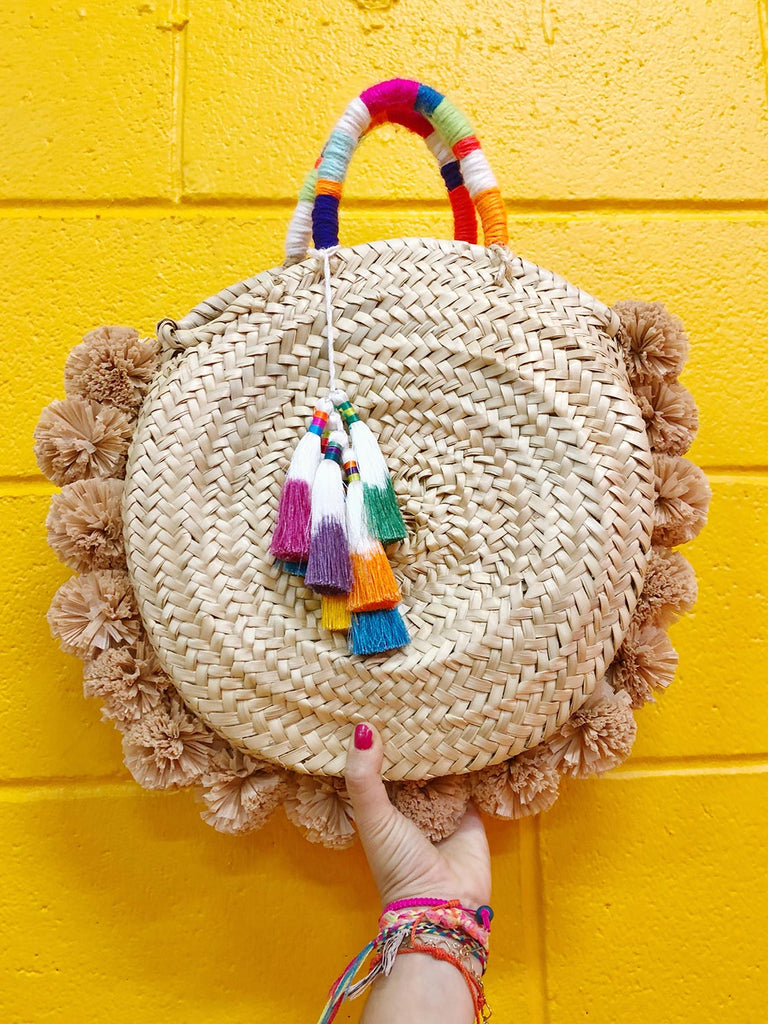 DIY the IT bag for Summer: Raffia Pom Pom Straw Bag