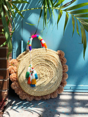 ic:DIY Raffia Straw Pom Pom Bag with The Neon Tea Party and WomanShopsWorld