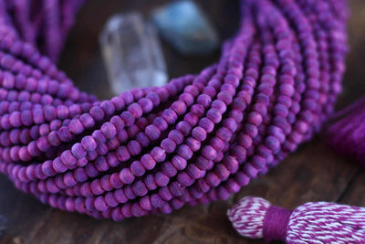 Berry Purple : Nature Dyed Round Olive Wood Beads, 4.5mm, 115+