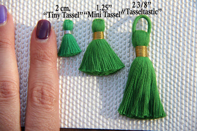 Tiny Tassels with Silver Binding, 2cm Cotton Pendant, 10+ pieces