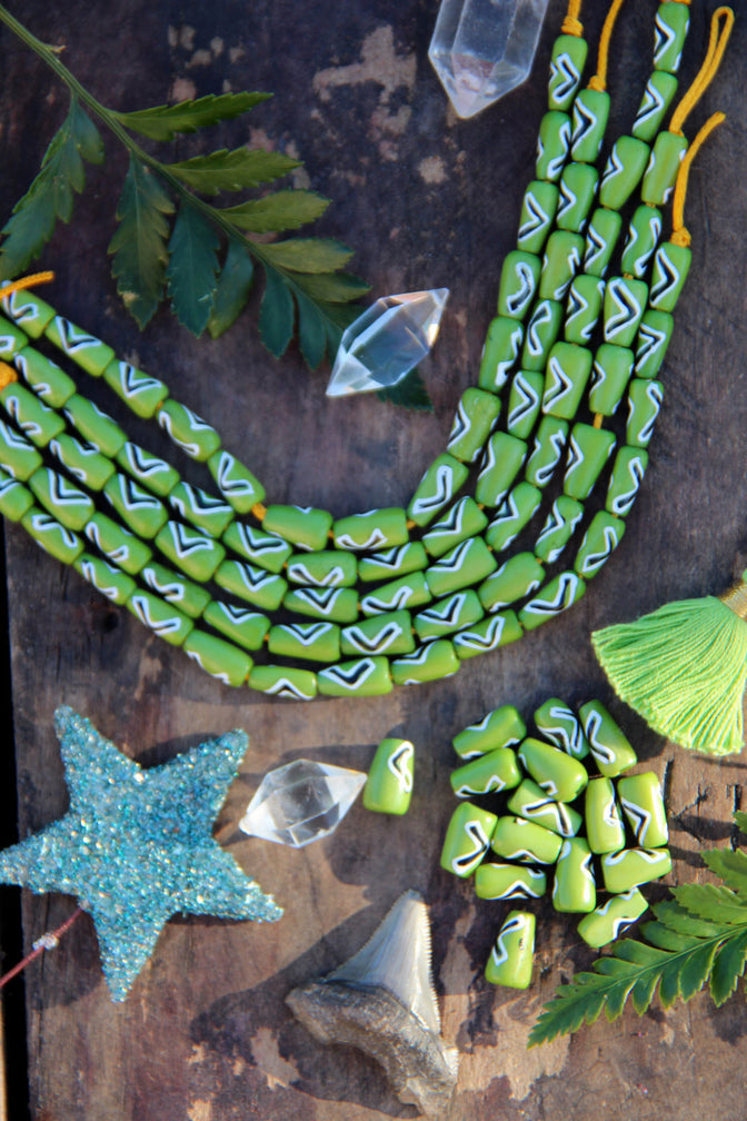 Green < > Arrow: Hand Painted Teardrop Bone Beads, 6x13mm, 16 pieces