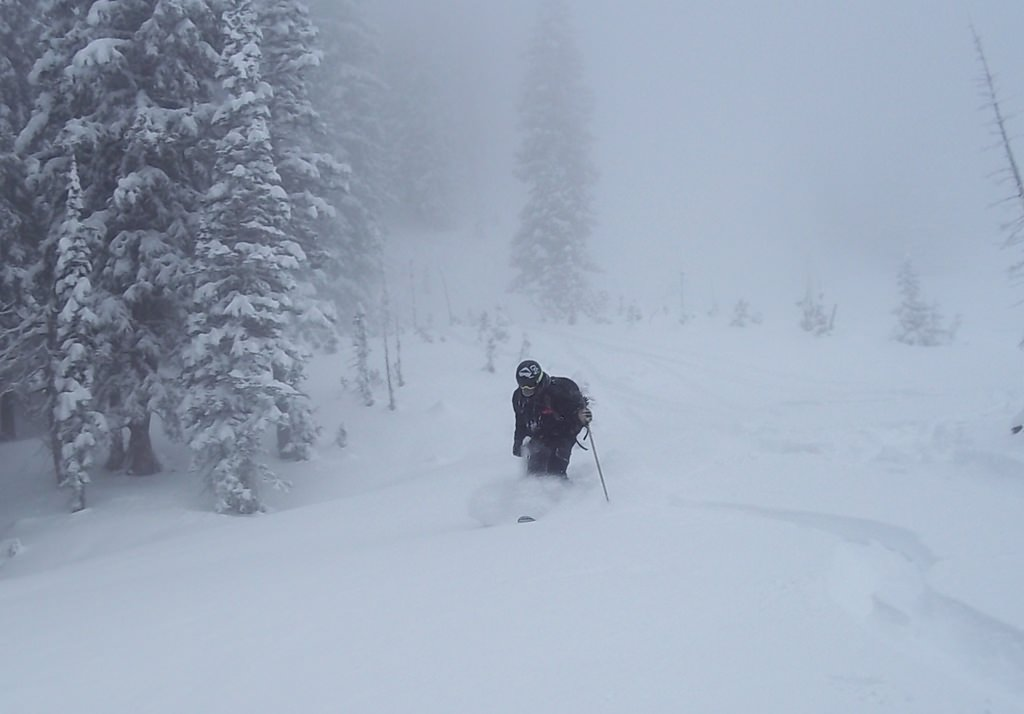 powder skiing the canyons backcountry