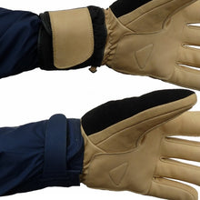 Load image into Gallery viewer, Factory second short cuff ski gloves over or under the cuff