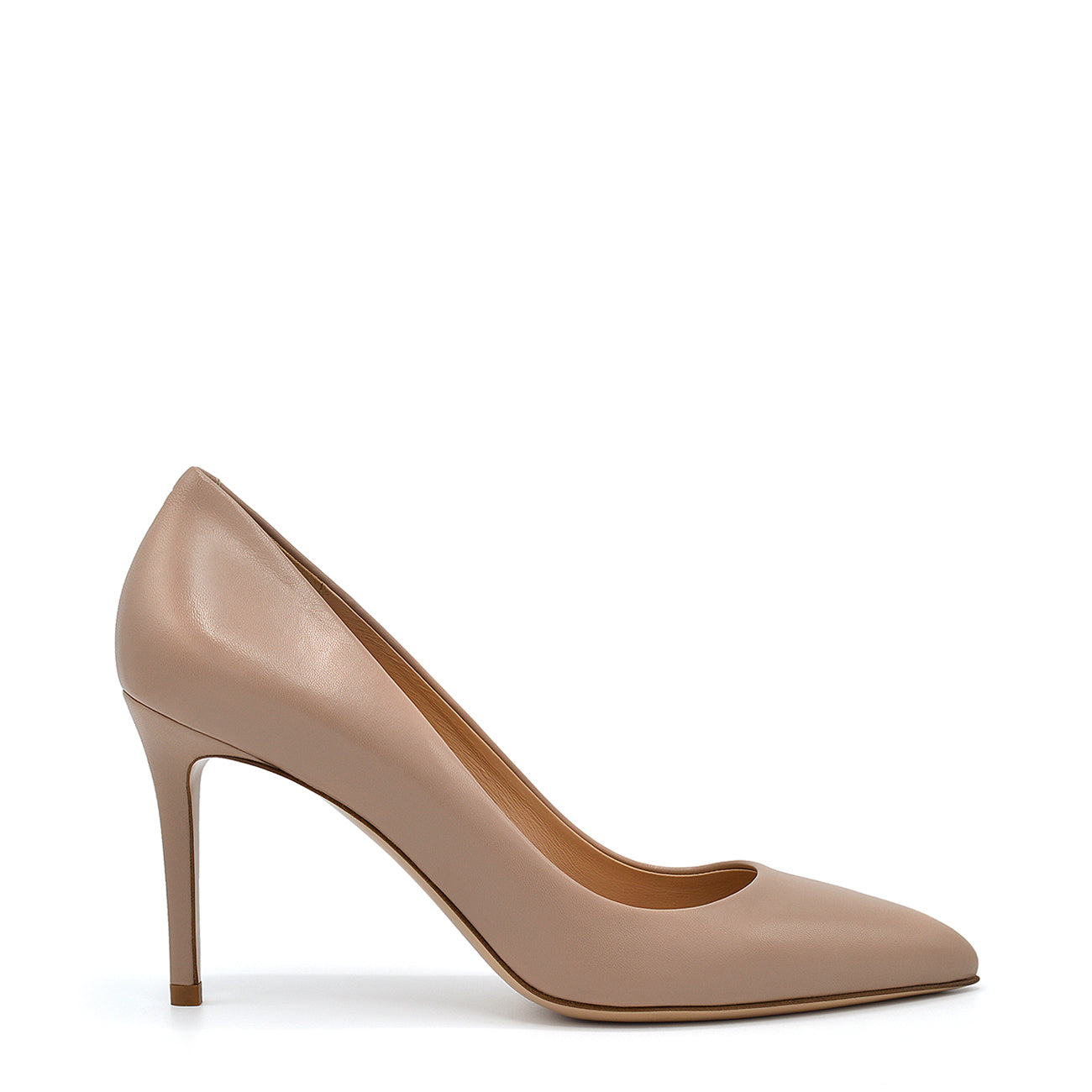 Diva. <br> Taffy beige nappa leather pumps