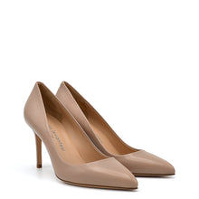 Load image into Gallery viewer, Diva. <br> Taffy beige nappa leather pumps