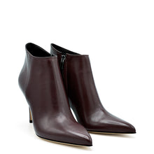 Load image into Gallery viewer, Dolly. <br> Timeless wine nappa leather ankle boots