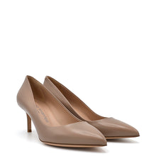 Load image into Gallery viewer, Glory. <br> Bardon beige nappa leather pumps