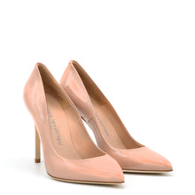 Load image into Gallery viewer, Myss. <br> Timeless natural patent leather pumps