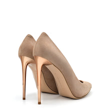 Load image into Gallery viewer, Queen. <br> Stiletto heel blige rose pink suede pumps