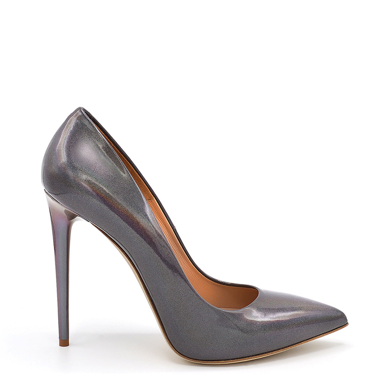 Queen. <br> Stiletto heel steel gray patent leather pumps