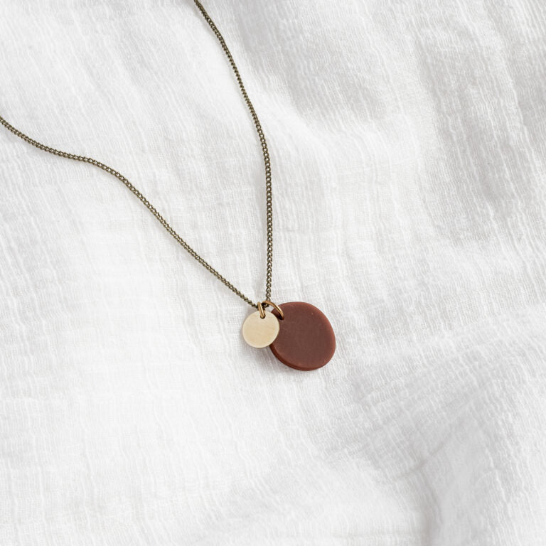 inimini shorty necklace chocolate