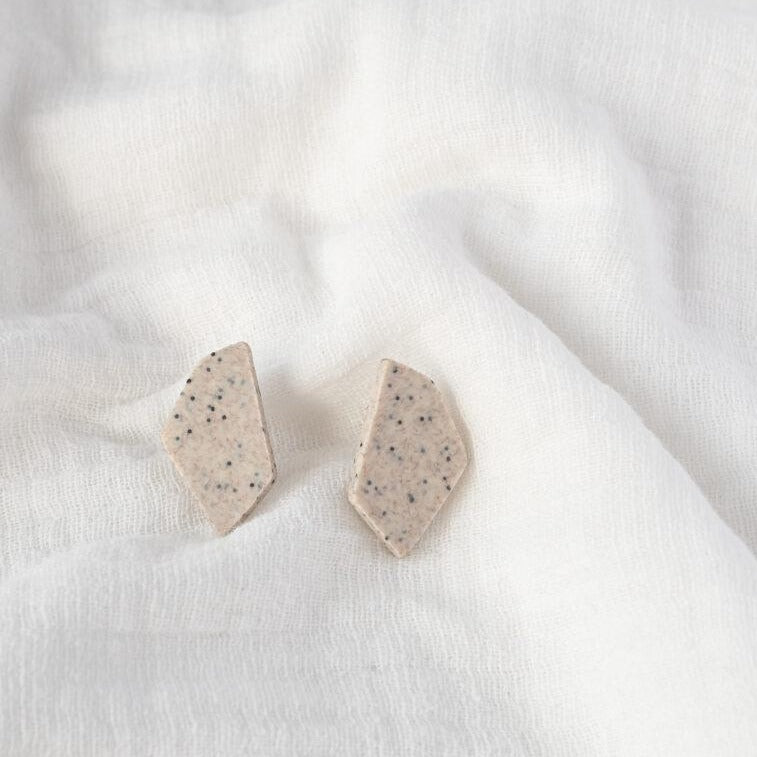 Hooked Stud Mini - Stone Warm