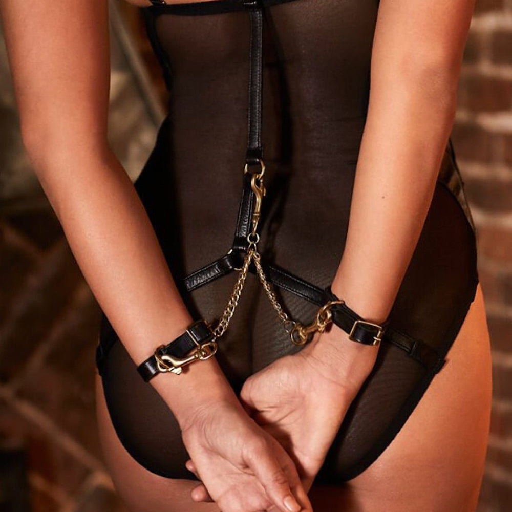 Load image into Gallery viewer, Nina Leather Handcuffs With Hooks