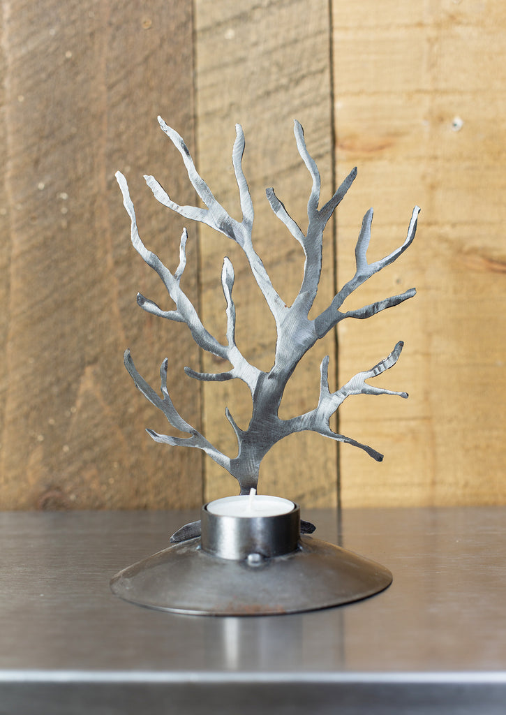 metal tree with round base