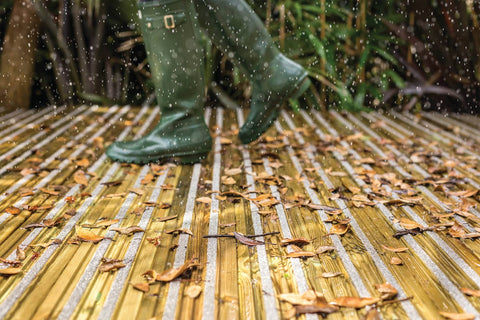 Walking across non-slip decking with wellies on