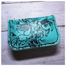 Load image into Gallery viewer, Palette Pochette - Teal with Roses