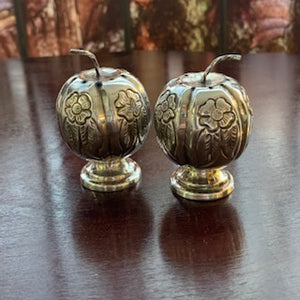 SH0020 A Pair of Mexican Sterling Salt and Pepper Shakers