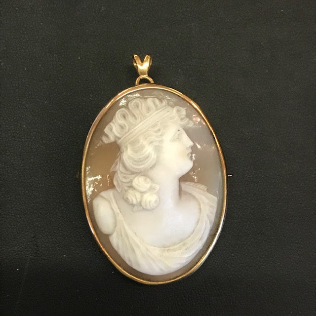 JP0197 Likely 14kt Cameo Pendant Brooch of Lady Facing Right