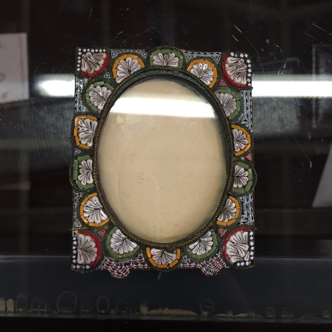 PM0230 Small Micro Mosaic Frame with Red Yellow and Green Mosaic