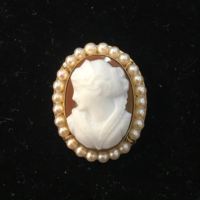 JB0176 14kt YG Cameo Brooch Pendant with Seed Pearls