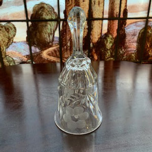 GP0440 Cut Glass Bell with Cut Petal Details